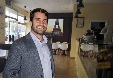 La Croissanteria Paris ofrece el auténtico desayuno con vistas a la Torre Eiffel