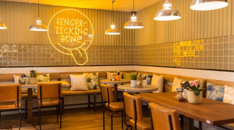 Cubiñá equipa el nuevo restaurante barcelonés Oassis Natural Cooking