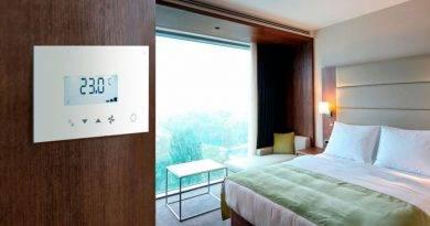 Panasonic actualiza el control táctil de los sistemas de climatización en hoteles