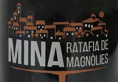 Mina, la nueva ratafía de magnolias de PrioratLab